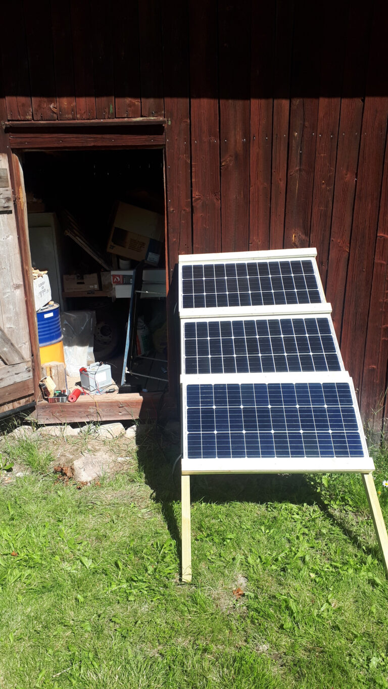 Wood frame for mounting off-grid solar panels